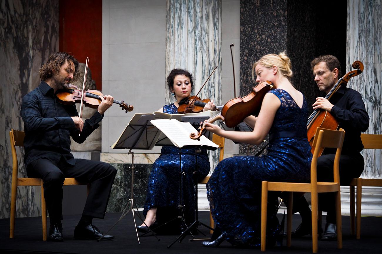 Tobias Durholm, violin, Anna Zelianodjevo, violin,  Stine Hasbirk, viola och Ingemar Brantelid, cello.